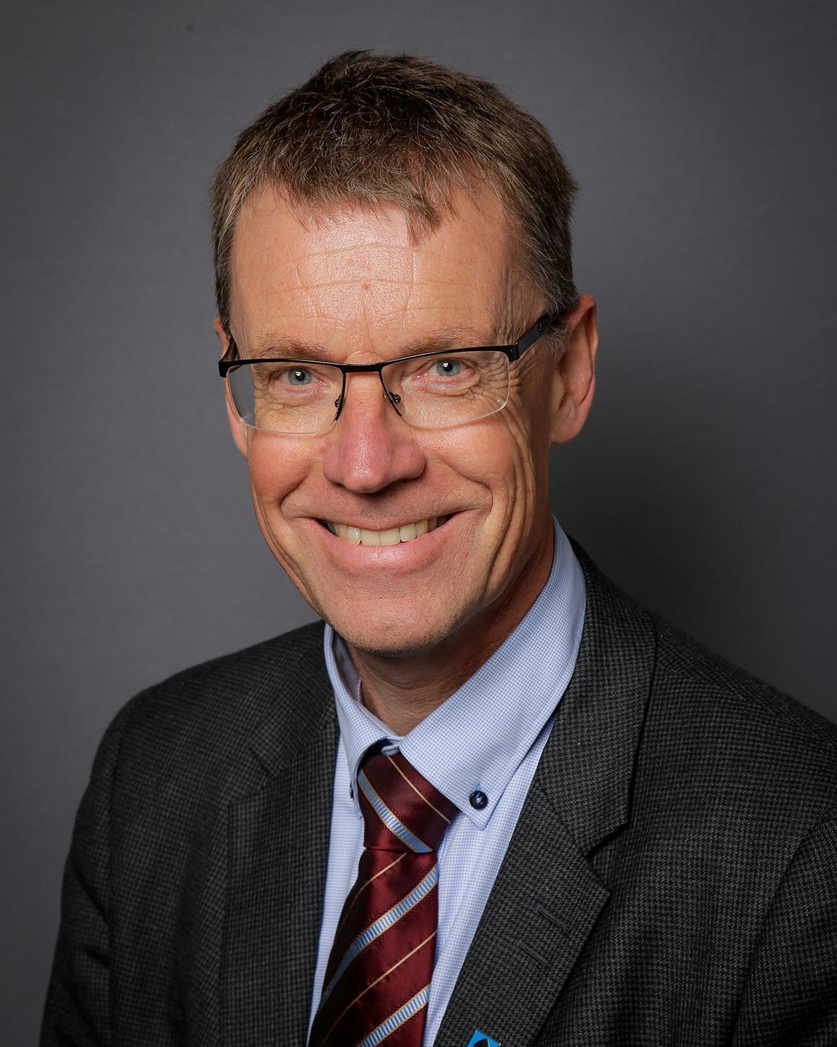 Knut Sletta blir ny jernbanedirektør - Viken fylkeskommune